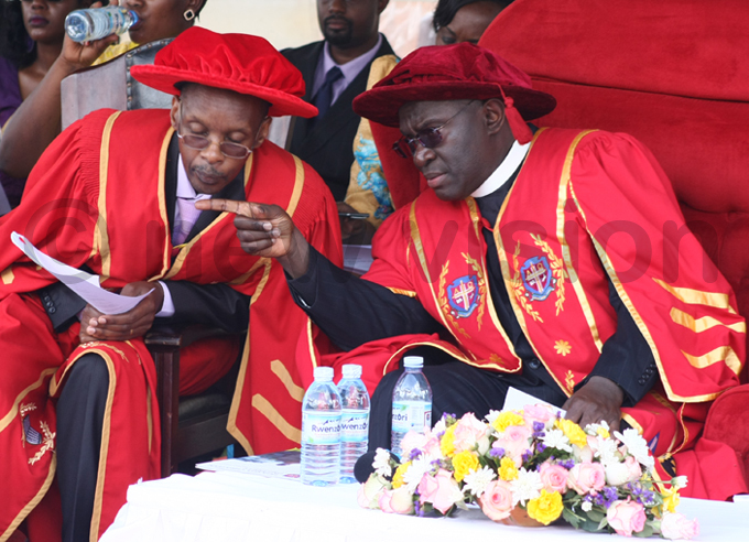 vice chancellor r ev anon ohn enyonyi urged the graduates to aim for the best in all that they do hoto by dward isoma