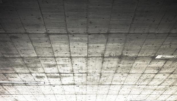 grey-ceiling