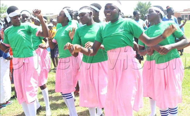 upils of lem rimary chool in aberamaido district performing in support of the fight against genderbased violence