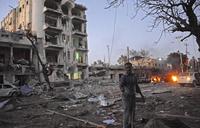 'At least 10' dead in jihadist attack on Mogadishu hotel