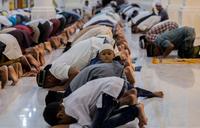 Saudi announces Ramadan starts Friday amid virus fears