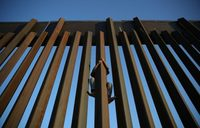 US to take 'extraordinary' measures in face of migrant surge