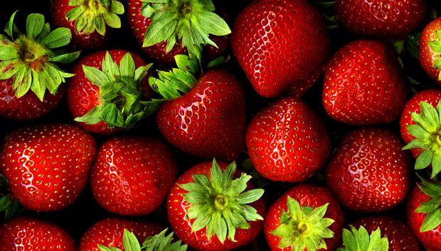strawberries100697024orig