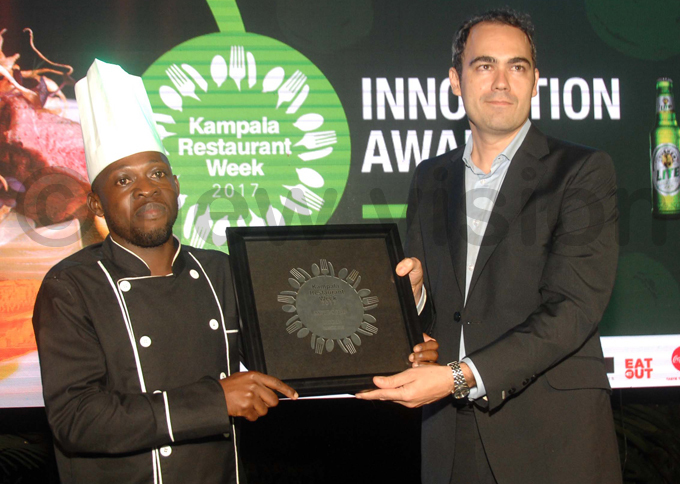 rnest ayondo  from a hateau restaurant receives the award for best nnovation hoto by enis ibele