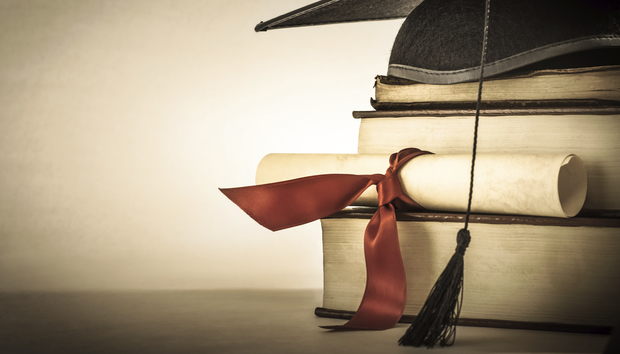 graduationcapdegreescrollandbooksthinkstock185520715100580799orig