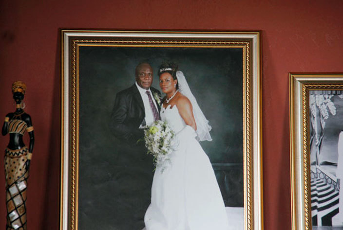 ate asiwukiras wedding photo