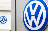 German prosecutors raid VW over carbon dioxide emissions