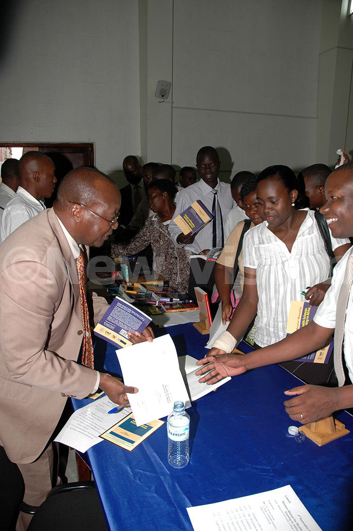 eter ugyenyi during the launches his book 03082010 1