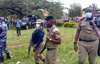 Police fire teargas, live bullets to disperse rowdy FDC supporters in Mbale