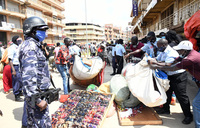 Police, KCCA battle traders selling goods on streets