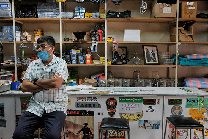 r hah stares at the empty shelves in his bicycle shop on iashara treet in airobis  on ay 05 2020 hoto by abir hanji