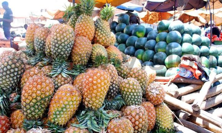 Fruits help keep away coughs and colds