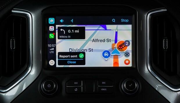 Waze now supports Apple CarPlay