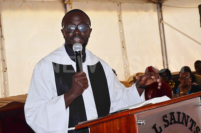 ev ideon uhima delivers his homily during the funeral service of  eborah ercy abukenya