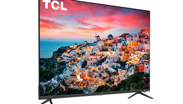 TCL 5-Series 4K TV review: This 43-inch smart TV delivers a good picture for minimal moola