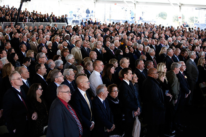 ourners pay their respects during the funeral service for ev illy raham at the illy raham ibrary on arch 2 2018 in harlotte orth arolina  rian lancoetty mages