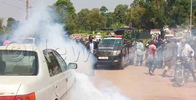 olice fires tear gas at sekikubo supporters to disperse them from proceeding to asaka own hoto by ismus uregyeya