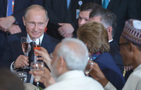 Putin's UN Syria show pushes Moscow back to center stage
