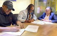 Nwagi, Swangz avenue renew contract