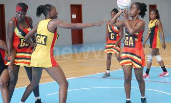 Zimbabwean defender tries t 350x210