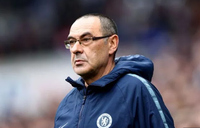 Sarri fights to win over mutinous Chelsea fans