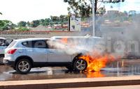 Gov't car burns in Kampala