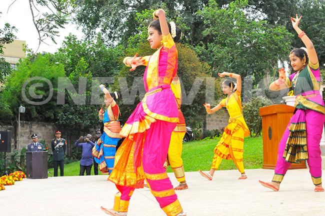 hildren performing