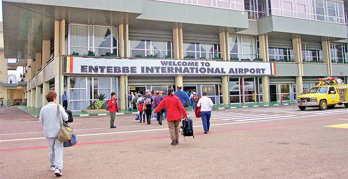 rrivals at ntebbe irport he airport is functioned by airlines from across frica as well as some major international airlines