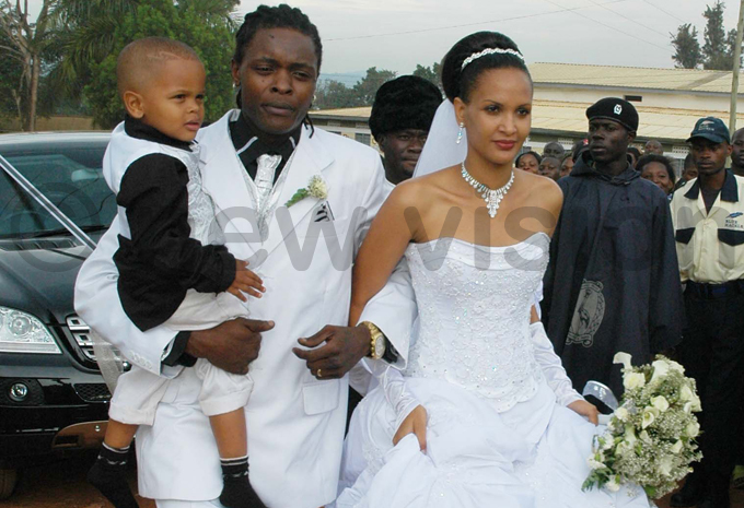 he couple wedded in a lavish ceremony in 2008