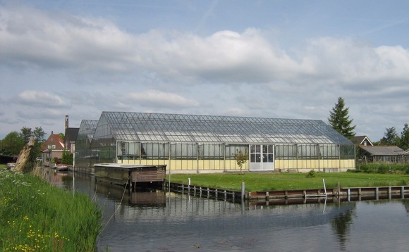 The greenhouses will aim to reduce the carbon footprint of food produce by 75%