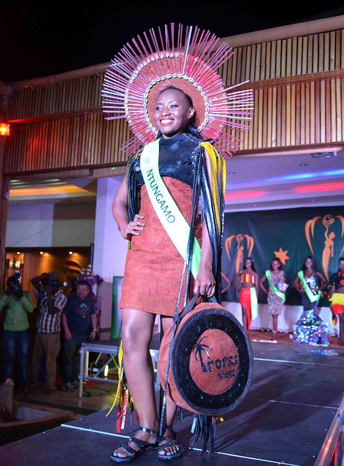 oreen singirwe in her creative costume of backcloth tyres and straws