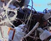 spacewalkhands20copy500
