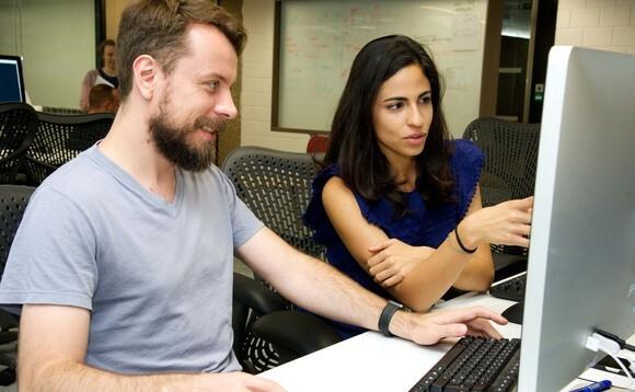 pivotal-developers-pair-programming