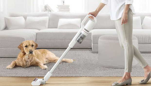 Roidmi F8 Storm review: This cordless smart vacuum makes cleaning a joy