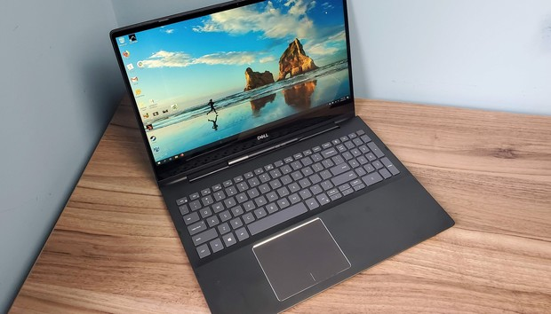 Dell Inspiron 15 7000 Black Edition 2-in-1 (7590) review: This 4K laptop's graphics can't keep up