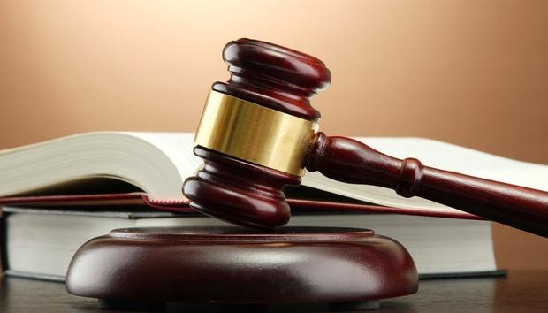 judgegavel1100410855orig