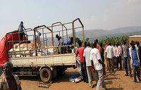 Drought: Isingiro people get food relief