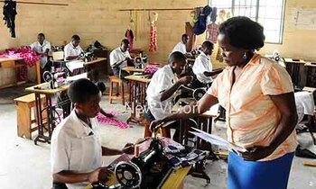 Assessing secondary schools 2 350x210