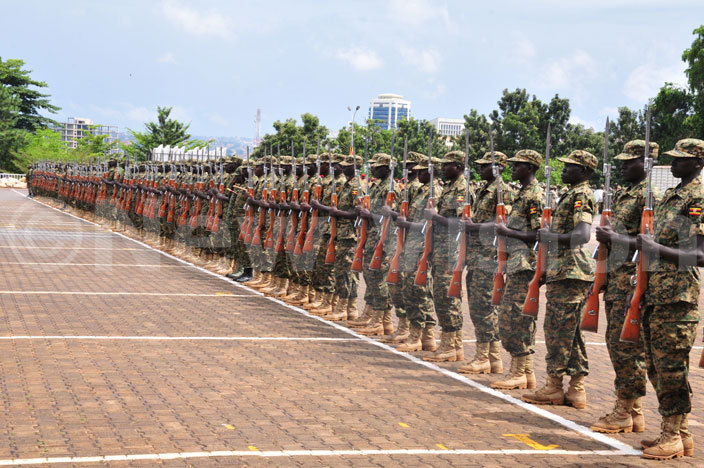 oldiers doing rehearsals for the presidential swearingin ceremony at ololo ndependence rounds hotoeter usomoke
