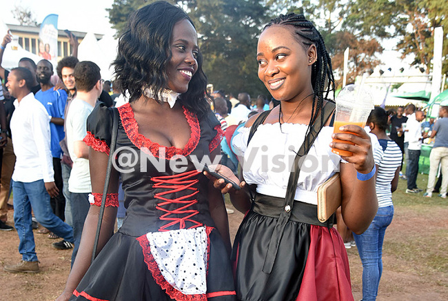 hey wore traditional erman attire during ktoberfest redit oderick himbazwe