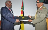 Mozambique president lectures senior army officers