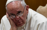 Pope deplores ''escalation of violence'' in Middle East