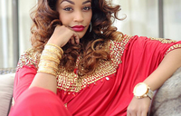 Zari jets in for her mother's burial