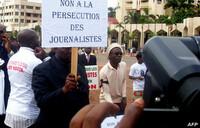 Cameroon journalist who criticised govt dies in custody