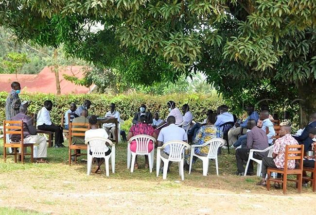 amwine chairing the  19 taskforce meeting