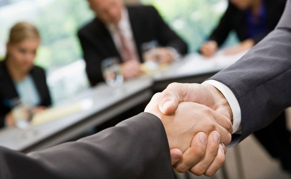 Aviva Investors has hired two multi-manager analysts
