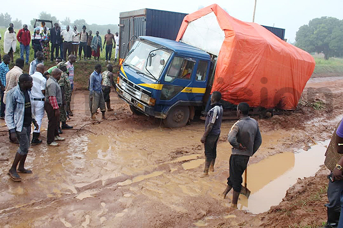 any vehicles have gotten stuck and in turn blocked the roads hoto by onny nzima