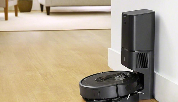 iRobot Roomba i7+ review: This robot vacuum empties its own dustbin