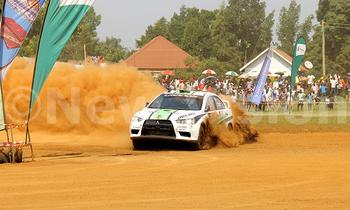 Kabalega rally jas 350x210