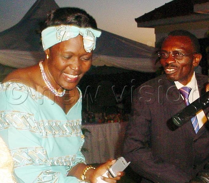 kright states managing director natoli amugisha hands over a house to nywar ile hoto
